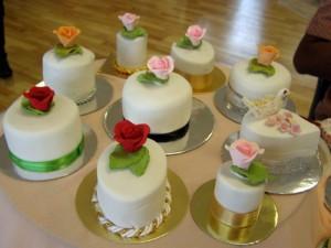Quick and easy mini-cakes