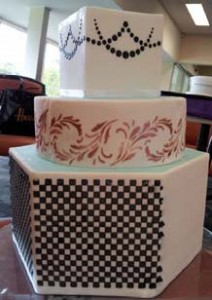 Royal icing and stencilling demo